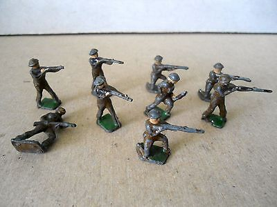 Skybirds Lot Of 9 Soldiers.Vintage Lead Soldiers