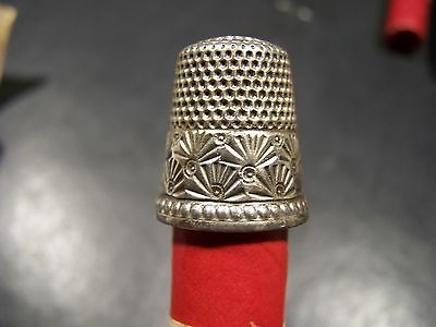 STERLING THIMBLE WITH FAN PALM-KETCHAM & McDOUGALL ?-SIZE UNKNOWN