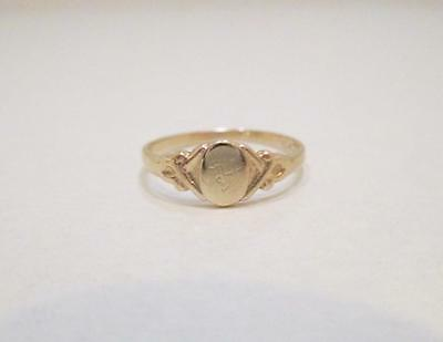 Vintage Solid 10 Kt Yellow Gold Child/ Baby Ring Size 3