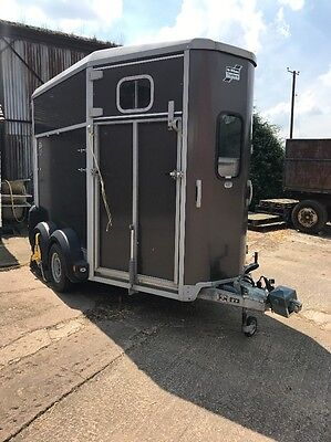 Ifor Williams Horse Trailer HB506 Graphite