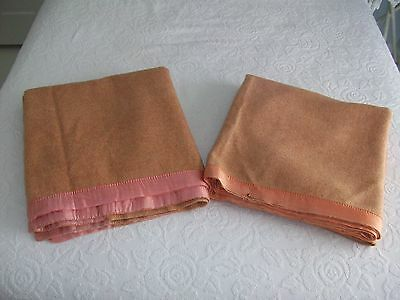 Vintage Pair Of Wool Blankets - Shabby Cottage - Cabin