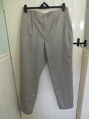 ASHWORTH golf trousers 36W 34L pleat front cotton.