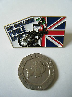 """""""SGP CHALLENGE POOLE 2013"""" Gold Speedway Badge. Mint and unused."""