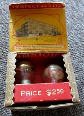 1930s PERFECT-0-LITE AUTOMOTIVE HEADLIGHT BULBS IN BOX!