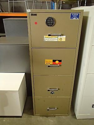 Chubb Filing Safe Beige Metal - Locked 33457/1
