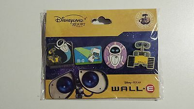 Disney Disneyland Paris  Booster Set 4 Pins DLRP Pin Trading Wall-e Eve Walle