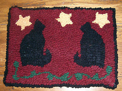 CATS WITH STARS  Primitive Rug Hooking  KIT WITH #8 CUT WOOL STRIPS