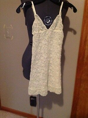 Victoria's Secret Lace Tank Top Baby Doll Camisole Size Small Yellow