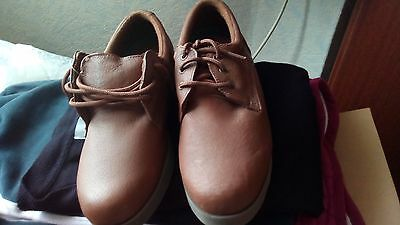 LADIES SIZE uk 6 BROWN BOWLING GREEN SHOES - LEATHER, INDOOR/OUTDOOR, LACE-UP