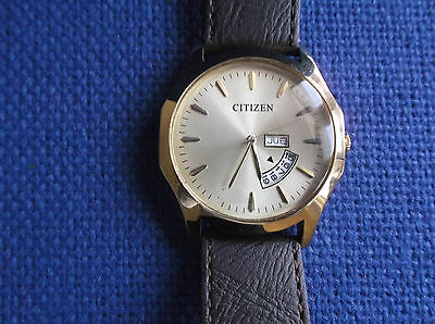 Citizen Gold plated Quartz mens wrist watch, large dial Day/Date, see details