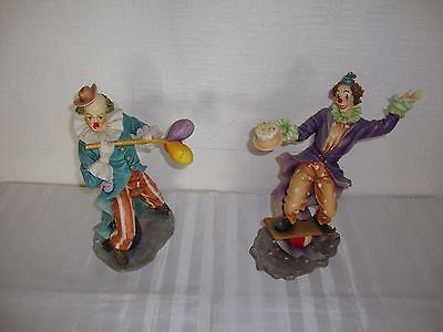 2 x Clowns - 'At The Circus'. These figurines are In very good condition.