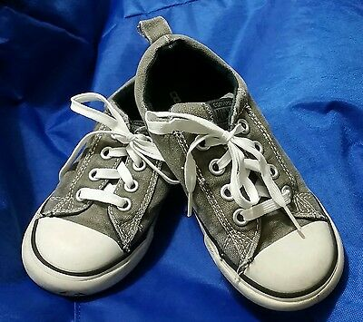 CONVERSE ALL-STARS Gray Sneakers Lace-Up Boy or Girl Shoes Youth Toddler Size 10