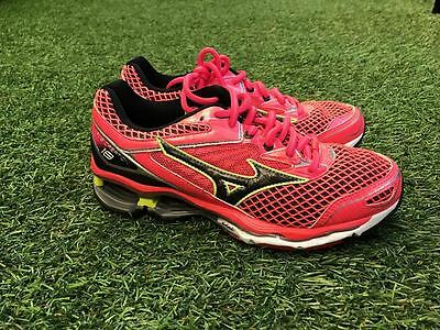 Mizuno Wave Creation 18 Running Training Athletic Shoes Women's Size 8