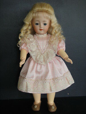 "JD KESTNER Repro Doll - LOULOTTE®'s friend ""LILI"" -Blue eyes-.(BLEUETTE family)"