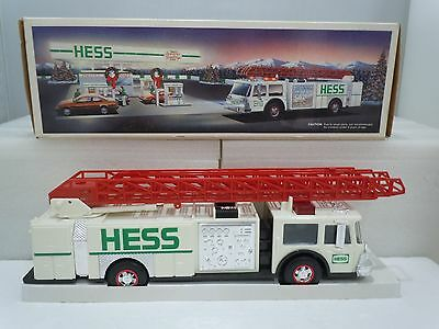 TOY FIRE TRUCK BANK 1989 Family Vintage Complete w/ Original Box Tested Hess