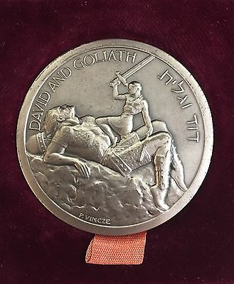 David & Goliath Silver Israel 20th Anniversary Medal by P. Vincze in wood box