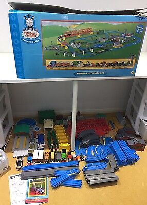 100% Complete Tomy Boxed Thomas The Tank Engine Ultimate Train & Track Play Set