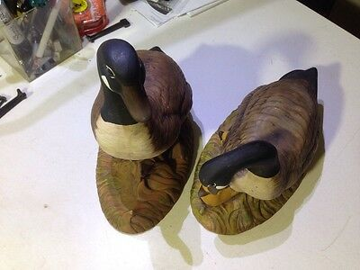 Set of 2 Tolppi's Canadian Goose Mud Hut Figurines Ceramic Handpainted 3A 3B