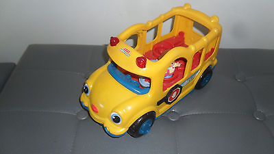 bus fisher price musical avec 2 personnages