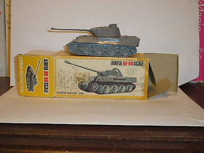 Airfix Ho-Oo Scale 1.72 German Panther Tank  Poly Made In England
