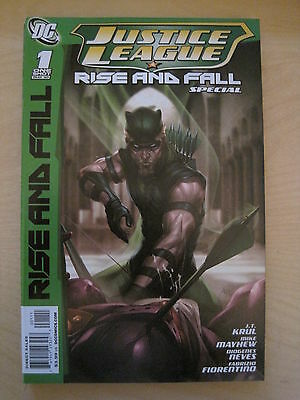 GREEN ARROW : JUSTICE LEAGUE - RISE & FALL SPECIAL ONE-SHOT. 1st PRINT. DC. 2010