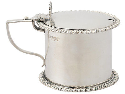 Victorian Sterling Silver Drum Mustard Pot by Thomas Bradbury 1891