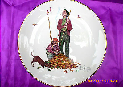 """ROYAL GRAFTON authentic vintage NORMAN ROCKWELL collector plate """"AUTUMN LEAVES"""""""