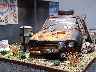 """1/18 Ford Escort Rs2000 Mk1 Barn Find Diorama Code 3  """"andrew Green"""" Modified"""