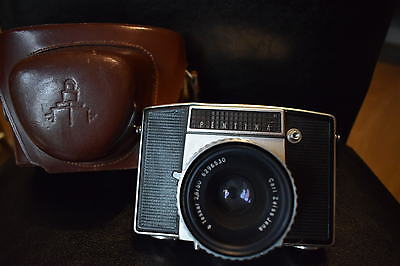 Vintage Pentina Film Camera With Carl Zeiss Jena Tessar 2,8/50 Lens & Case