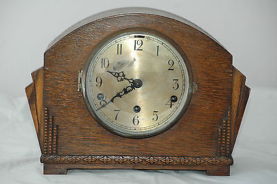 Antique Westminster Chimes Deco Mantle Clock.,with Pendulum.