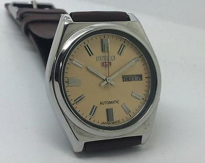 Excellent Seiko 7009-8761 Automatic Day-Date Yellow Dial Vintage Wrist Watch