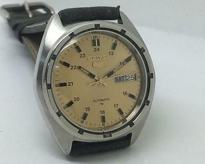 Vintage Excellent Seiko 7009-8330 Automatic Day Date Original Dial Wrist Watch
