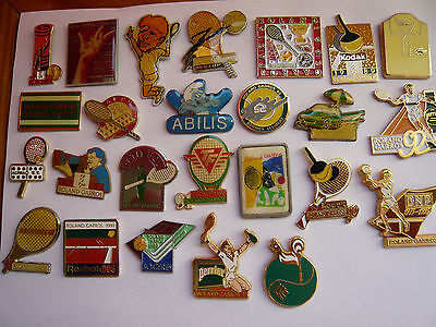 lot 25 pin s roland garros dont 5 arthus bertrand