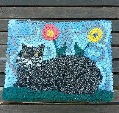 Cat in the Garden Primitive Rug Hooking KIT WITH #8 CUT WOOL STRIPS