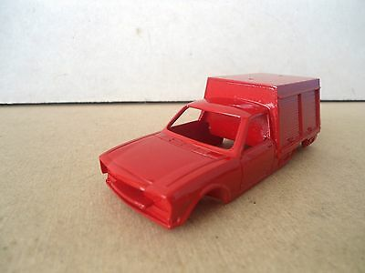 PEUGEOT 504 FIRE/Service Vehicle Resin Bodyshell 1:43 Scale