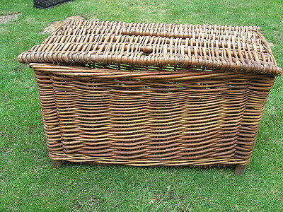 Genuine Vintage Wicker Fishing Creel - kreel fisherman storage table rustic