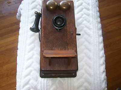 Antique Wood Western Electric Wall Mount Hand Crank Telephone  1914 Tiger Oak
