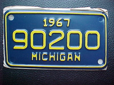 1967 Michigan Motorcycle License Plate NOS Un-Issued in Original Envelope