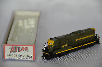 N Scale Model Train ATLAS 48306 CANADIAN NATIONAL GP-9 PH2 CN #4508 1954 Green
