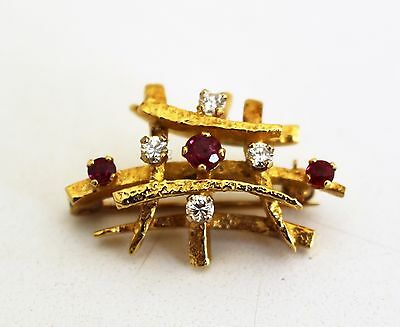 Beautiful Vintage Ruby and Diamond Brooch 18ct Gold