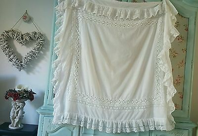 Superb antique lawn linen frilly lace eiderdown coverlet embroidered monnagramme
