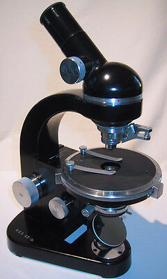 SM-Pol Simple Polarizing Microscope by E. Leitz