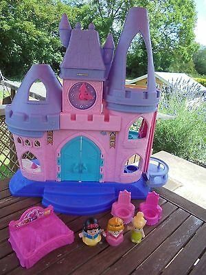 Fisher Price Little People Disney Princess Castle with 3 Figures