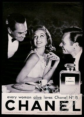 1962 Chanel No.5 perfume classic bottle woman 2 men photo vintage print ad 2