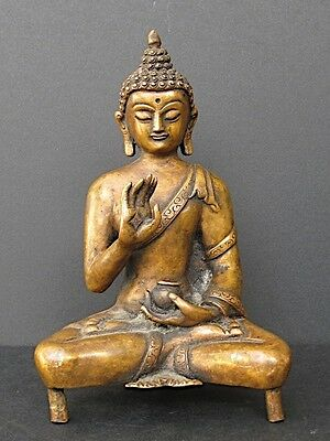 Exceptional Buddha Bronze from NEPAL