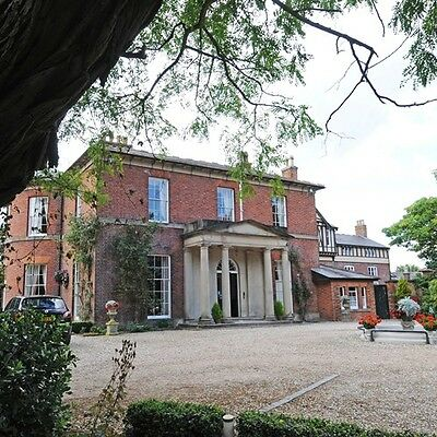 Hotel Voucher 2 Night Luxury Break in Shropshire With Sabrina Boat Trip Included