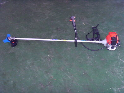 PETROL GRASS STRIMMER BRUSH CUTTER NEW  4 stroke engine no nned to mix fuel ct61