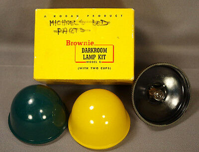 Kodak Brownie Darkroom Lamp Kit Model B w/Green & Yellow Cups, Orig Box