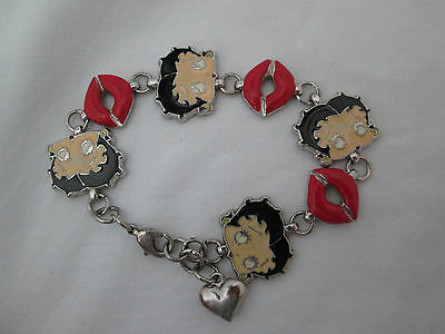 Betty Boop Face & Lips Link Bracelet With Dangling Heart