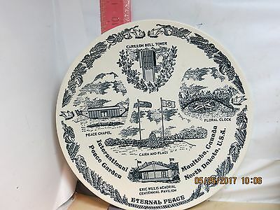 International Peace Garden Plate - Manitoba & North Dakota - No Damage!